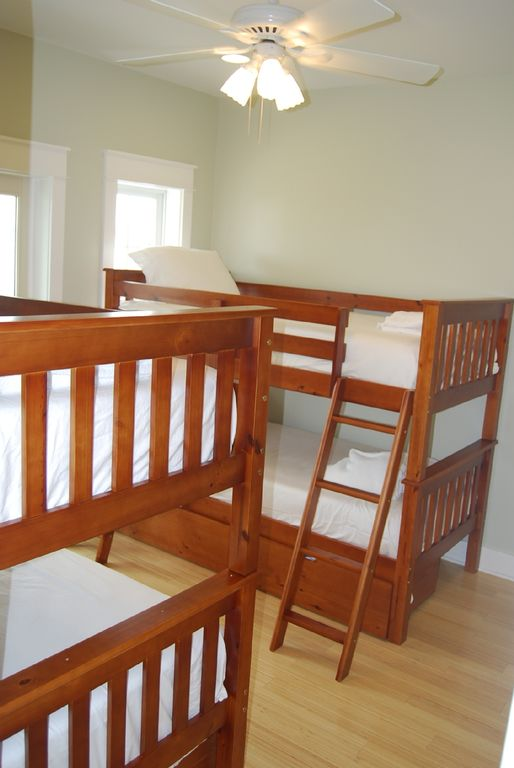 3rd BR w/ 2 bunk beds and private deck.