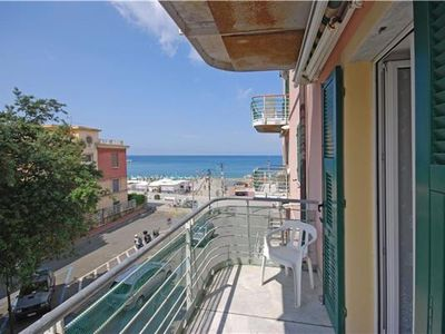 Apartment for 4 people close to the beach in the Cinque Terre