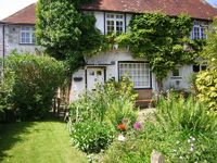 Comfortable and Traditional Cottage-type Accommodation In Heart Of Rural Village