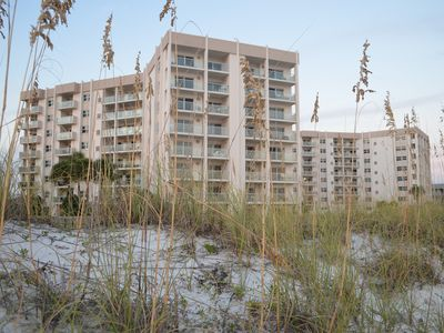 Spring Break  Rates Negotiable- Call manager- Best loc & view