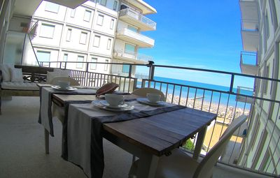 Great beachfront apartment with terrace