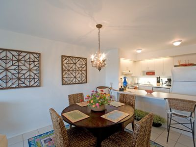 Ocean Reef Club Dining Room/Kitchen