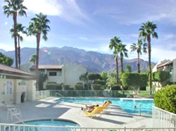 2 Relaxing Pools and Spa Areas with Mountain Views - A Great Getaway for You