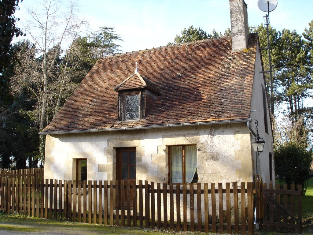 Peaceful house, with garden , Pouligny-notre-dame, Centre