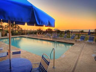 Meridian Plaza condo photo - Ocean front pool and hot tub for your enjoyment