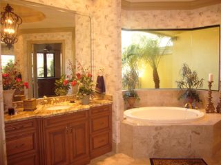 Bonita Springs estate photo - Master Bath