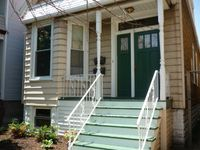 3 Bedroom With New Kitchen Bath, Pet Friendly With Huge Yard! Walk To Wrigley!