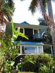 Charming House - Breathtaking Ocean Views/Walk to Beach