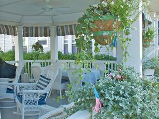 Avon-by-the-Sea house photo - A closer view of dining table