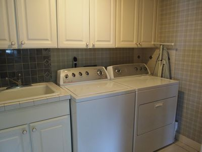 1st level laundry room