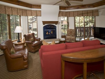 Austria Haus 3 Bed, Vail Village Luxury, Families love it here