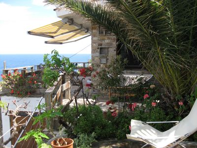 Vacation house with panoramic view - Kalithea
