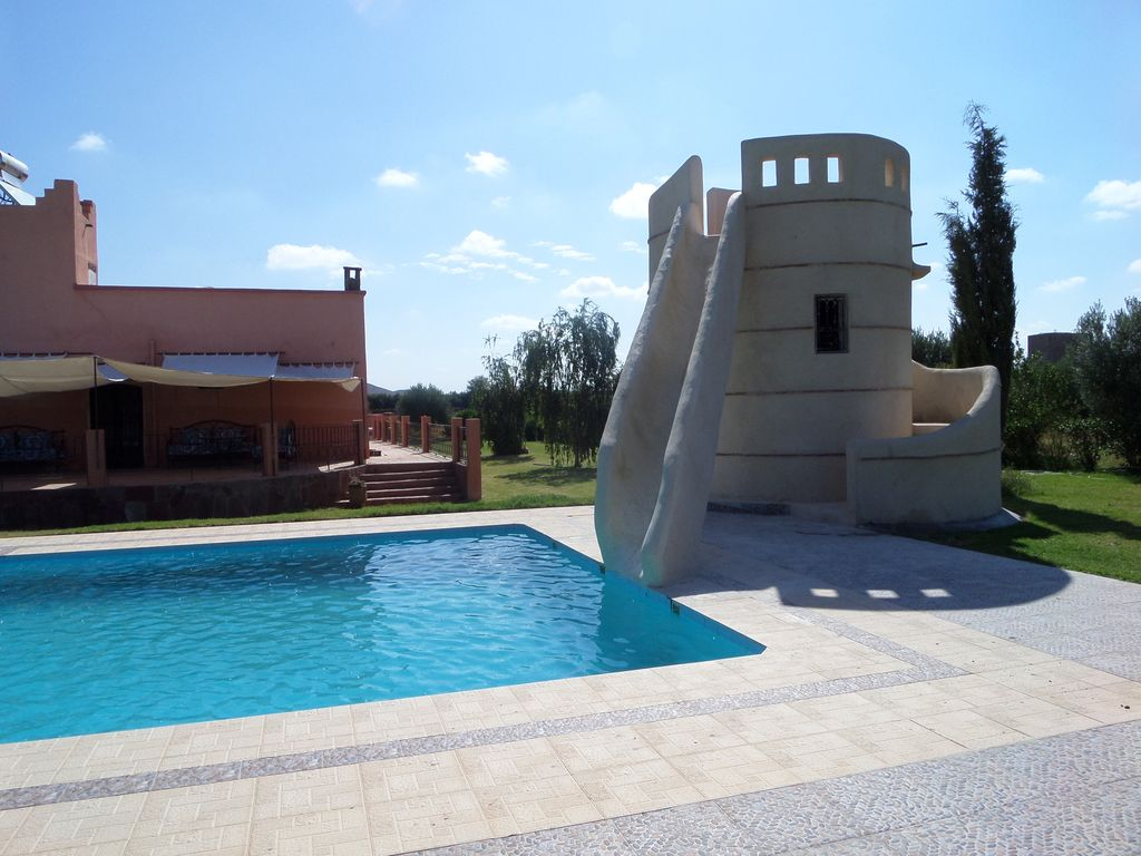 Villa with pool and water slide vrbo for Toboggan piscine occasion