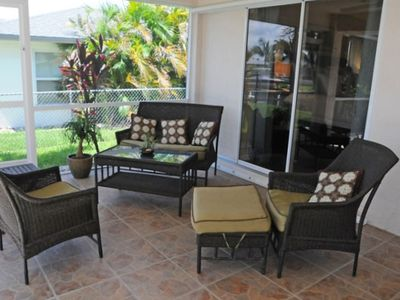 Lanai Seating Group for Conversations with Friends and Family