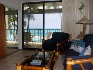 Kailua Kona condo photo - Living Room, views.