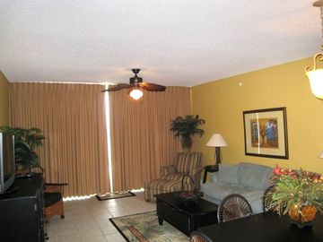 Majestic Beach Towers condo rental - Family Room - Seats 6 - Sleeper Sofa; Brand New 42 in PLASM w/ BluRay Player