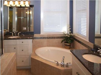 Master Bath (Jetted Tub&Walk in Shower)
