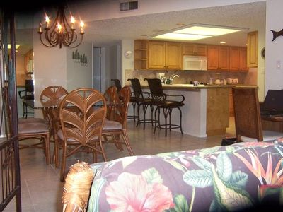 South Padre Island condo rental - Spacious Dining room that seats 6, bar that seats 3 & Renovated Kitchen