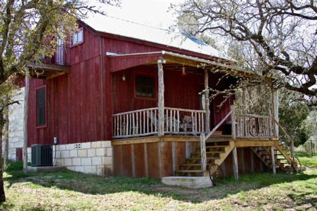 Secluded Rustic Cabin Close To Enchanted Rock Vrbo