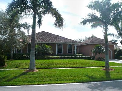 610 Hernando Drive Marco Island Florida 34145  3 blocks to beach
