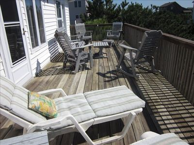 Large deck on ocean side with rockers for 6 and 2 chaise lounges