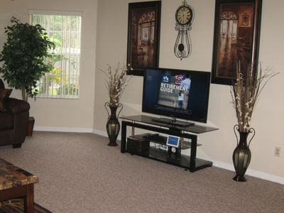 Living Room with 46' tv and dvd player