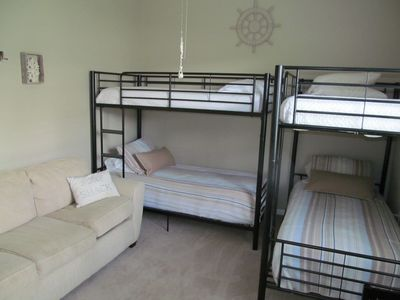 2ND GUEST BEDROOM WITH BUNK BEDS