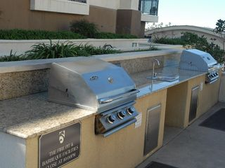Oceanside condo photo - Gas Grills