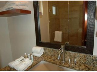 Cabo San Lucas condo photo - Private Guest Bath with Large Walk-in Shower