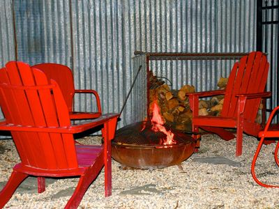 Healdsburg house rental - Great outdoor fire pit for memorable conversations and good times.