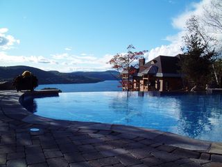 Mont Tremblant condo photo - Infinity Edge Pool