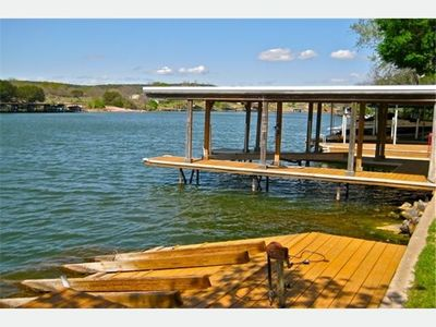 Boat Dock with Lift and Dual Jet-Ski Ramp - Lake LBJ