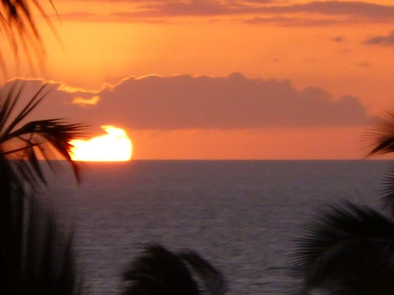 Affordable LUXURY !! Awesome Ocean/Sunset... - VRBO