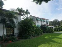 Private Home Venice Island,  Stunning Historic House with 4BR/3BA 9 Rooms