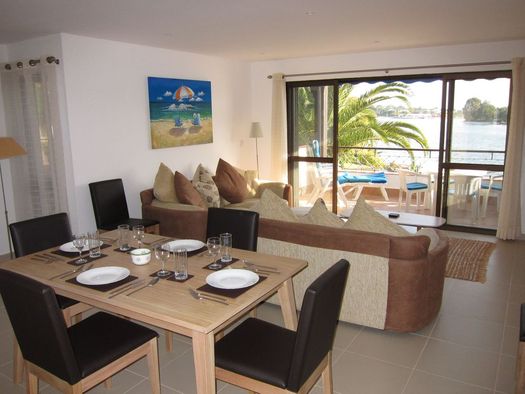 Holiday apartment 103830