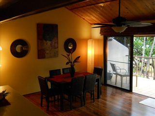 Kihei condo photo - Elegant Tropical Dining