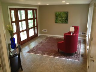 Bedford house photo - Entry sitting area
