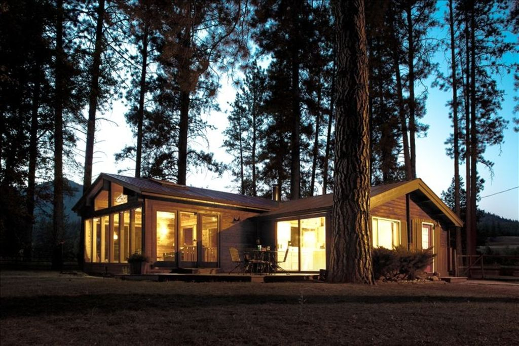 The Perfect Trout Fishing Cabin On The Clark Vrbo