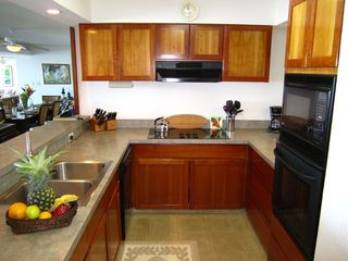 Princeville condo photo - A very complete and well equipped kitchen for all your culinary needs.