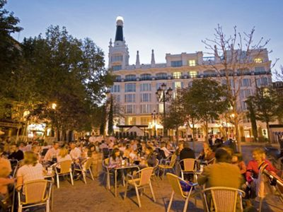 Madrid Center apartment rental - Surronding, SANTA ANA SQUARE