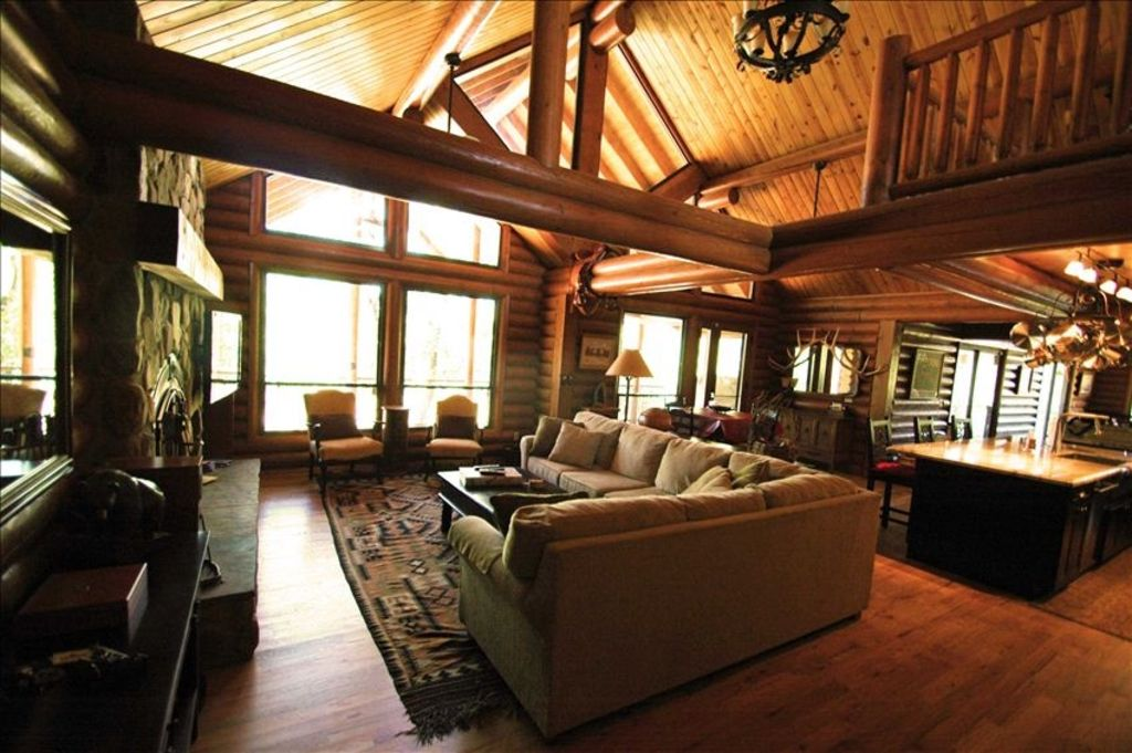 NEWER, LUXURY, Solid LOG CABIN on Secluded 10 ACRES ...