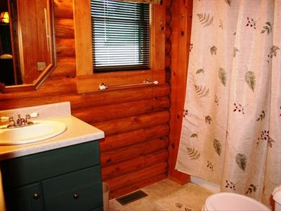 Mackinaw City cabin rental - Main floor full bath with shower over tub
