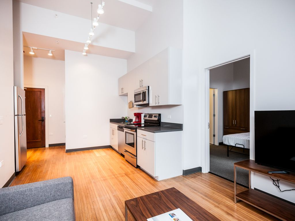 chicago cornflower one bedroom apartment homeaway chicago loop
