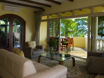 Jaco villa rental - Living Room