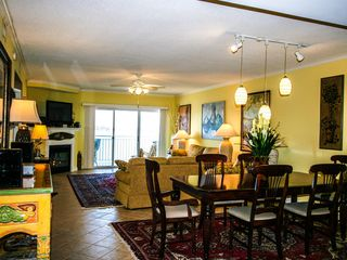 Bahia Vista I Ocean City condo photo - Dining Room & Living Room Bay view