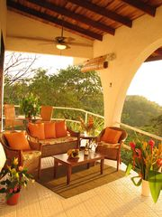 Manuel Antonio villa photo - Enjoy outdoor living/dining & ocean views beside your own pool!
