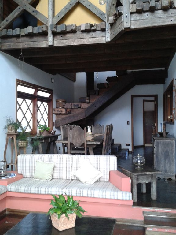 Beautiful house and warm in Campos Do Jordao