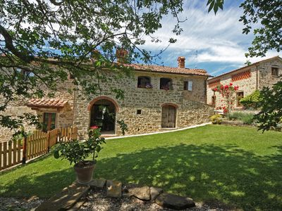 Apartaments at Villa il Corso in the green heart of Italy , panoramic view.
