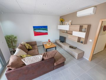 Peater Pescadors - Two Bedroom Apartment, Sleeps 6