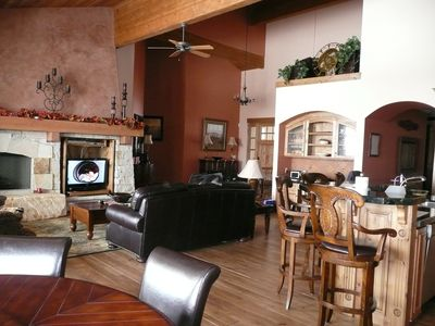 Elegant 5 BD 6 Bath 5,000 sq ft Home-pool & T - incredible views of 3 ski resort